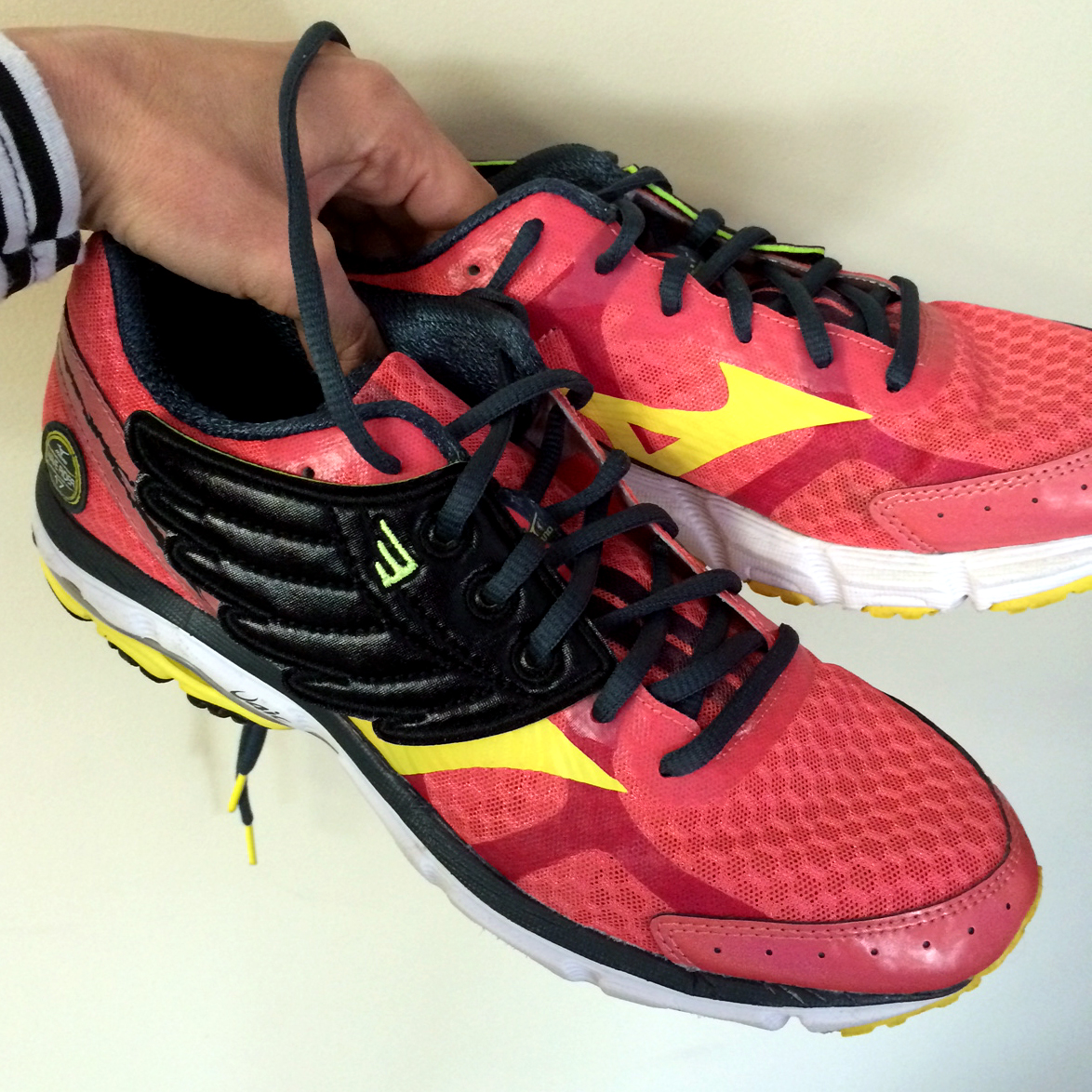 fe6b2b463a As if your running shoes didn t look awesome enough already…SHWING!  Shwings  review   giveaway!  – Run Salt Run