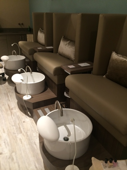 Pedicure basins that can be fully sanitized after every use. They are VERY mindful of that sort of thing at The Still Point, which I can appreciate so much!